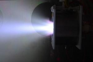 同軸スラスタ_Cylindrical type Applied field MPD thruster